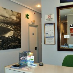 Отель Pensión Donostiarra Испания, Сан-Себастьян - отзывы, цены и фото номеров - забронировать отель Pensión Donostiarra онлайн интерьер отеля фото 2