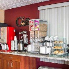 Отель Econo Lodge Columbus Колумбус питание фото 2