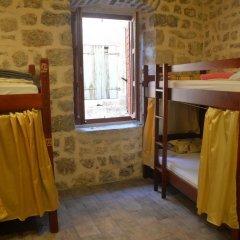 Отель Hostel Old Town Kotor Черногория, Котор - отзывы, цены и фото номеров - забронировать отель Hostel Old Town Kotor онлайн комната для гостей фото 2