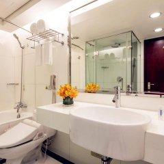 Отель Holiday Inn Shanghai Hongqiao Central ванная