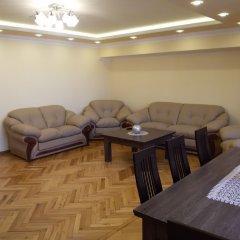 Отель Guest-house Relax Lux - Apartment Армения, Ереван - отзывы, цены и фото номеров - забронировать отель Guest-house Relax Lux - Apartment онлайн помещение для мероприятий фото 2