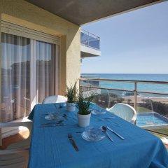 Отель Camping Bon Repos Испания, Санта-Сусанна - отзывы, цены и фото номеров - забронировать отель Camping Bon Repos онлайн балкон