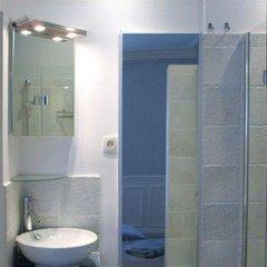 Отель Vacation Rental Marais 3 Париж ванная фото 2