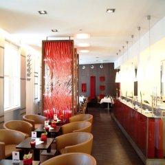 Отель The Levante Parliament гостиничный бар