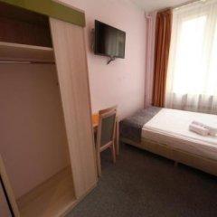 Отель eMKa Hostel Польша, Варшава - отзывы, цены и фото номеров - забронировать отель eMKa Hostel онлайн удобства в номере фото 2