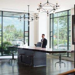 Отель Renaissance Riverside Hotel Saigon Вьетнам, Хошимин - отзывы, цены и фото номеров - забронировать отель Renaissance Riverside Hotel Saigon онлайн интерьер отеля фото 3