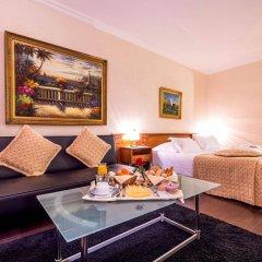Hotel Century в номере