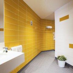 Отель Twentytú Hostel Испания, Барселона - 2 отзыва об отеле, цены и фото номеров - забронировать отель Twentytú Hostel онлайн ванная фото 2