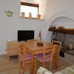 Отель Trulli Casa Alberobello Альберобелло в номере фото 2