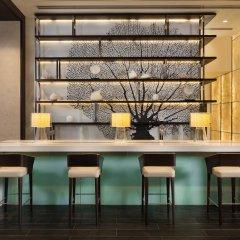Отель Beach Rotana Residences гостиничный бар
