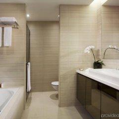 Отель Pan Pacific Serviced Suites Orchard, Singapore Сингапур, Сингапур - отзывы, цены и фото номеров - забронировать отель Pan Pacific Serviced Suites Orchard, Singapore онлайн ванная