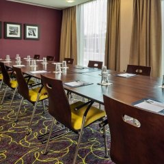 Отель Hampton by Hilton Luton Airport