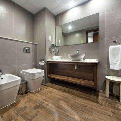Отель Golden Tulip Vivaldi Hotel Мальта, Сан Джулианс - 2 отзыва об отеле, цены и фото номеров - забронировать отель Golden Tulip Vivaldi Hotel онлайн ванная