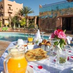 Отель Club Hanane Марокко, Уарзазат - отзывы, цены и фото номеров - забронировать отель Club Hanane онлайн бассейн