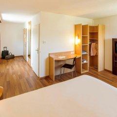 Отель ibis Zurich City West удобства в номере