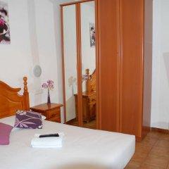 Отель Pension Francia Барселона комната для гостей фото 2