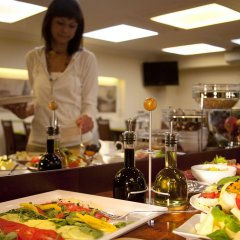 Отель Kobza Haus Польша, Гданьск - 1 отзыв об отеле, цены и фото номеров - забронировать отель Kobza Haus онлайн питание фото 3