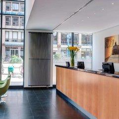 Отель InterCityHotel Hamburg Hauptbahnhof Германия, Гамбург - 1 отзыв об отеле, цены и фото номеров - забронировать отель InterCityHotel Hamburg Hauptbahnhof онлайн интерьер отеля