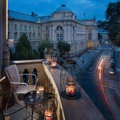 Bank Hotel балкон