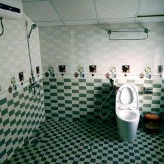 Отель Nha Nghi Tung Lam Далат ванная