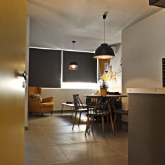 Апартаменты The Athenians Modern Apartments питание