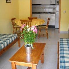 Отель RVhotels Apartamentos Ses Illes Испания, Бланес - отзывы, цены и фото номеров - забронировать отель RVhotels Apartamentos Ses Illes онлайн комната для гостей фото 2