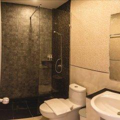 Отель Bans Avenue Guesthouse ванная фото 2