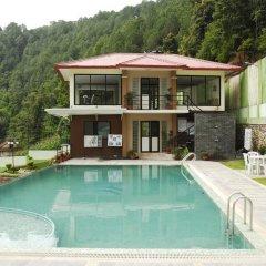 Отель Swayambhu Hotels & Apartments - Ramkot Непал, Катманду - отзывы, цены и фото номеров - забронировать отель Swayambhu Hotels & Apartments - Ramkot онлайн бассейн фото 2
