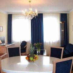 Отель Opera Suites комната для гостей фото 5