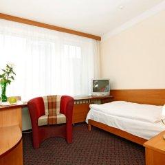 Гостиница Калининград в Калининграде - забронировать гостиницу Калининград, цены и фото номеров комната для гостей фото 2