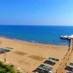Vonresort Golden Beach Турция, Чолакли - 1 отзыв об отеле, цены и фото номеров - забронировать отель Vonresort Golden Beach онлайн пляж фото 2