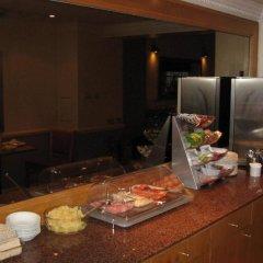 Отель Americana Hotel Великобритания, Лондон - 2 отзыва об отеле, цены и фото номеров - забронировать отель Americana Hotel онлайн питание фото 2