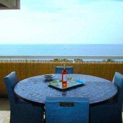 Отель Happy Few - Le Sea View балкон