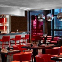 Отель Le Meridien Etoile гостиничный бар
