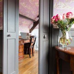 Отель De Orangerie - Small Luxury Hotels of the World Бельгия, Брюгге - отзывы, цены и фото номеров - забронировать отель De Orangerie - Small Luxury Hotels of the World онлайн балкон