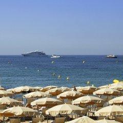 Hotel Barriere Le Gray d'Albion Канны пляж