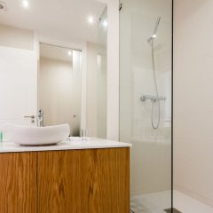 Апартаменты Sao Bento Blue One-Bedroom Apartment - by LU Holidays ванная фото 2