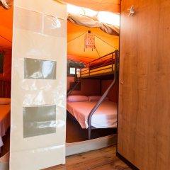 Отель Camping Bungalows El Far сейф в номере