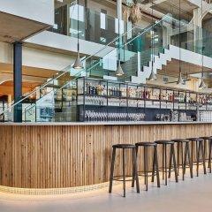 Отель QO Amsterdam Нидерланды, Амстердам - 1 отзыв об отеле, цены и фото номеров - забронировать отель QO Amsterdam онлайн гостиничный бар