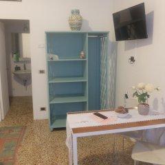 Отель B&B Giardino Jappelli (Villa Ca' Minotto) Италия, Роза - отзывы, цены и фото номеров - забронировать отель B&B Giardino Jappelli (Villa Ca' Minotto) онлайн комната для гостей фото 4