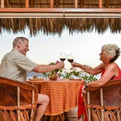 Отель Villas San Sebastián Мексика, Сиуатанехо - отзывы, цены и фото номеров - забронировать отель Villas San Sebastián онлайн гостиничный бар