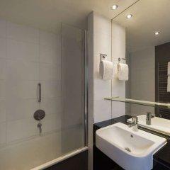 Отель Adina Apartment Hotel Berlin CheckPoint Charlie Германия, Берлин - 4 отзыва об отеле, цены и фото номеров - забронировать отель Adina Apartment Hotel Berlin CheckPoint Charlie онлайн ванная