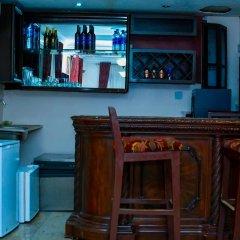 Отель The Emperor Place (Annex) Нигерия, Лагос - отзывы, цены и фото номеров - забронировать отель The Emperor Place (Annex) онлайн гостиничный бар