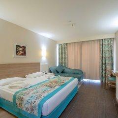 Crystal Sunrise Queen Luxury Resort & Spa Турция, Сиде - 1 отзыв об отеле, цены и фото номеров - забронировать отель Crystal Sunrise Queen Luxury Resort & Spa - All Inclusive онлайн комната для гостей фото 2