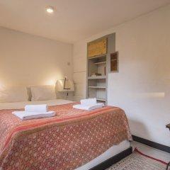 Отель La Petite Maison de Lapa Португалия, Лиссабон - отзывы, цены и фото номеров - забронировать отель La Petite Maison de Lapa онлайн комната для гостей фото 4
