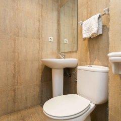 Отель Living Valencia - Bolseria Street ванная