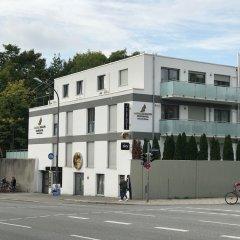 Отель Sahara Falcon Германия, Мюнхен - отзывы, цены и фото номеров - забронировать отель Sahara Falcon онлайн парковка