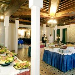 Отель Ouarzazate Le Tichka Марокко, Уарзазат - отзывы, цены и фото номеров - забронировать отель Ouarzazate Le Tichka онлайн помещение для мероприятий фото 2
