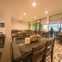 Panda Hostel Phuket - Adults Only питание