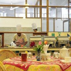 Om Niwas Suite Hotel питание фото 2